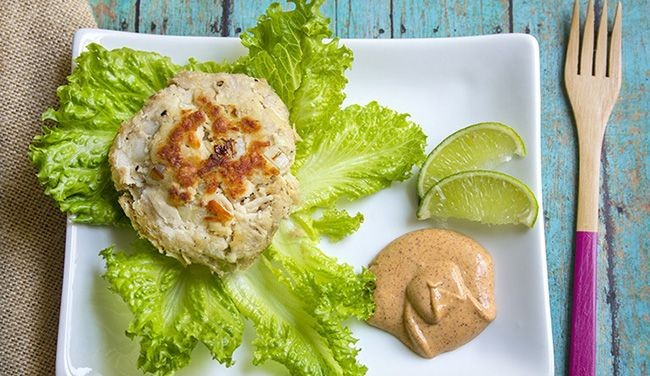 Skinny Tuna Cakes with Chipotle Mayo   Yellow Onio...