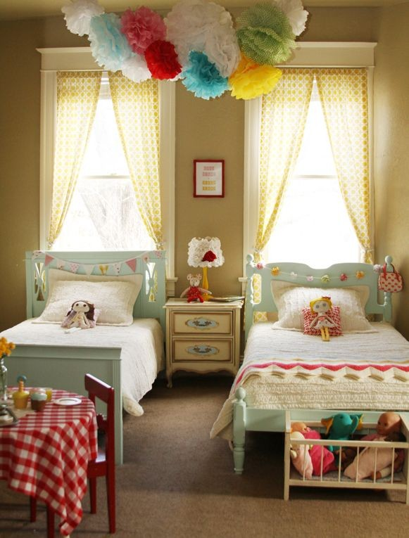 adorable little girls' shared room... Love that th...