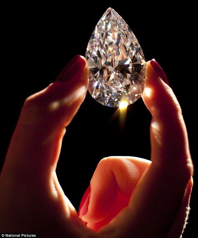 Dubbed the world's #largest '#flawless' #diamond o...