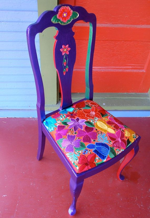 i want random chairs for my kitchen table to paint...
