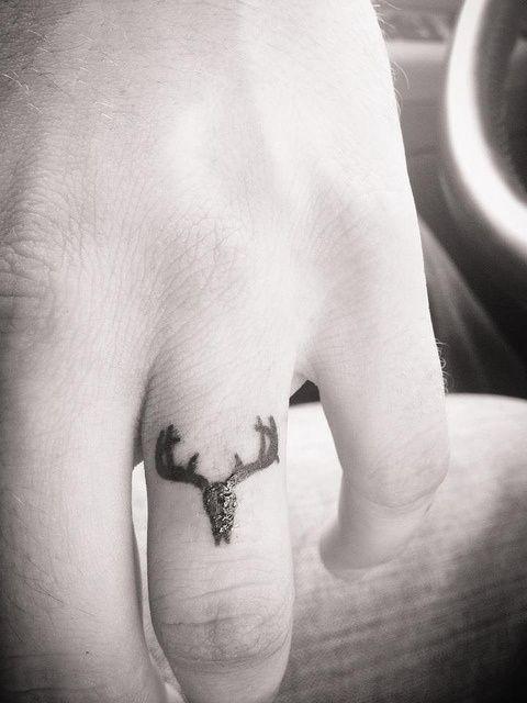 I love all these miniature yet super detailed tatt...