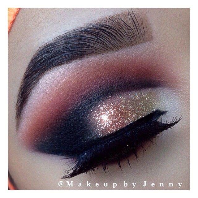 Smokey Gold Glitter Cut Crease Eye Makeup Eyes Eyeshadow Smokey