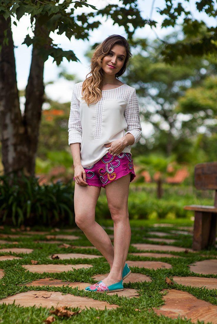 Look da Lu: short rosa e alpargatas    por Lu Fe...