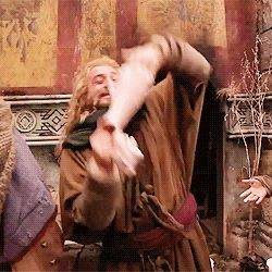 Fili (gif)-----this is SO funny ... just watch..Ki...