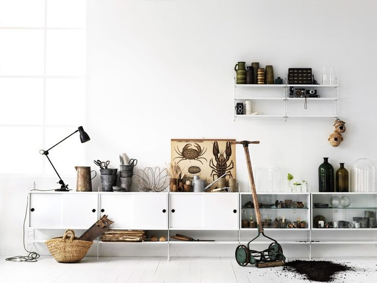 String news, styled by Lotta Agaton