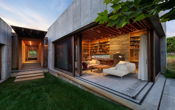 Peter Rose + Partners Design A Concrete Home On Th...