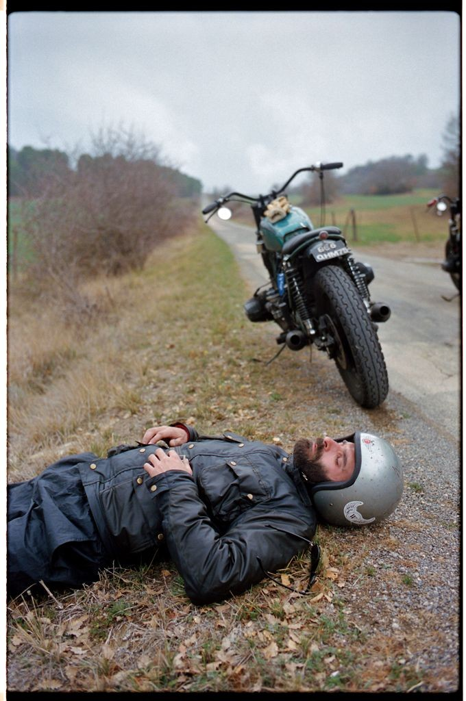 a short break after a long ride with your motorcyc...