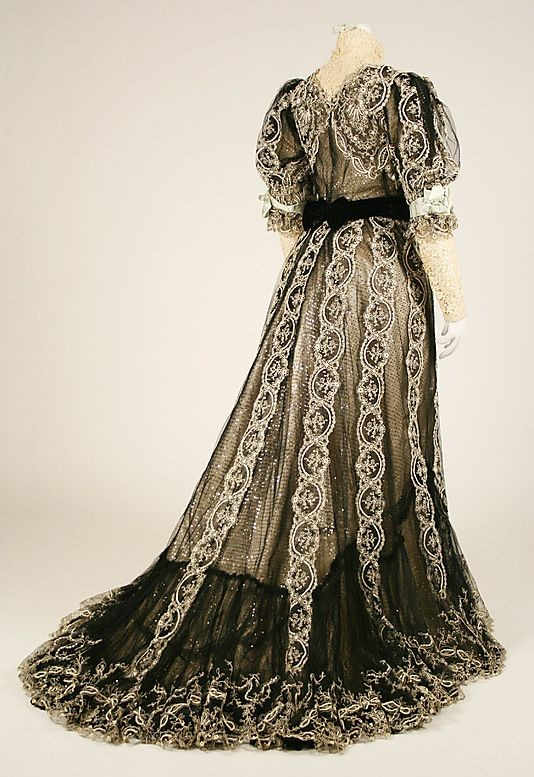 Dress.  House of Worth(French, 1858–19...