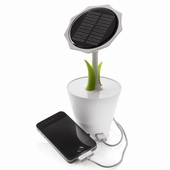 Charge your phone anywhere with this solar sunflow...