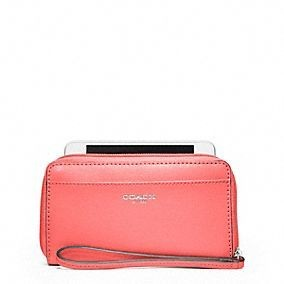 Coach With A Lower Price And High Quality Is Waiti...