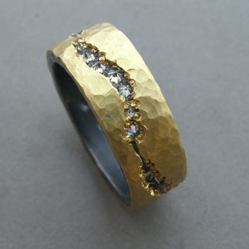 Todd Pownell: , Eternity band in 18k yellow gold,...