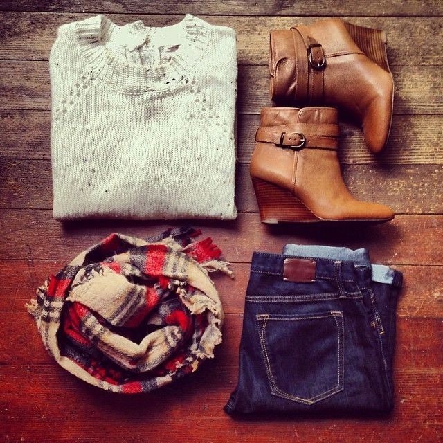 Booties and a plaid scarf paired with skinny jeans...