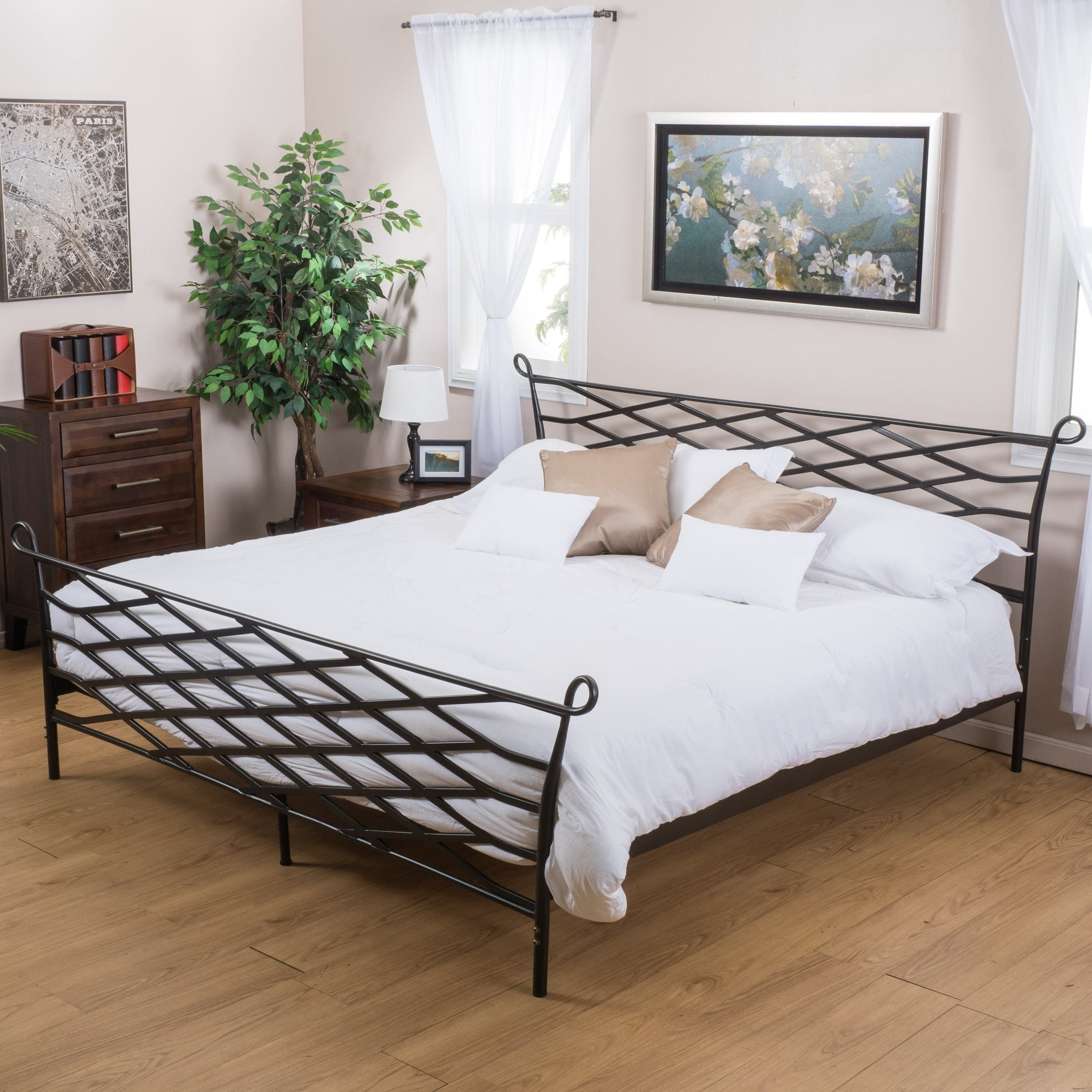Darrah Queen Size Black Finish Iron Bed Frame