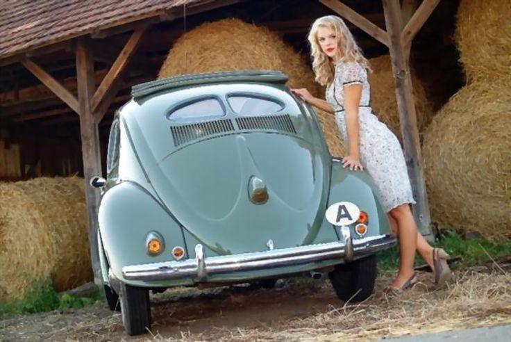 "Rare Car Pin-Up Girl - Early 1950s Split Window (""..."