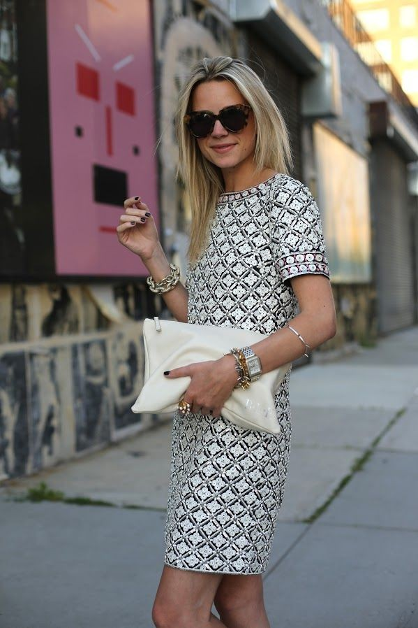 PERFECTION!! Summer dress white purse. Elegant and...