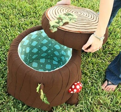 Adorable DIY stump.  Would be awesome for a kid's...