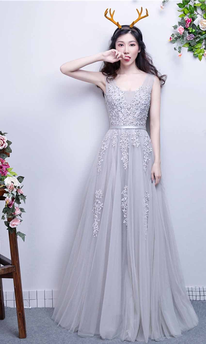 Applique Lace V-neck Long Grey Prom Gowns with Str...