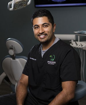 Visit Dentist in Clute
