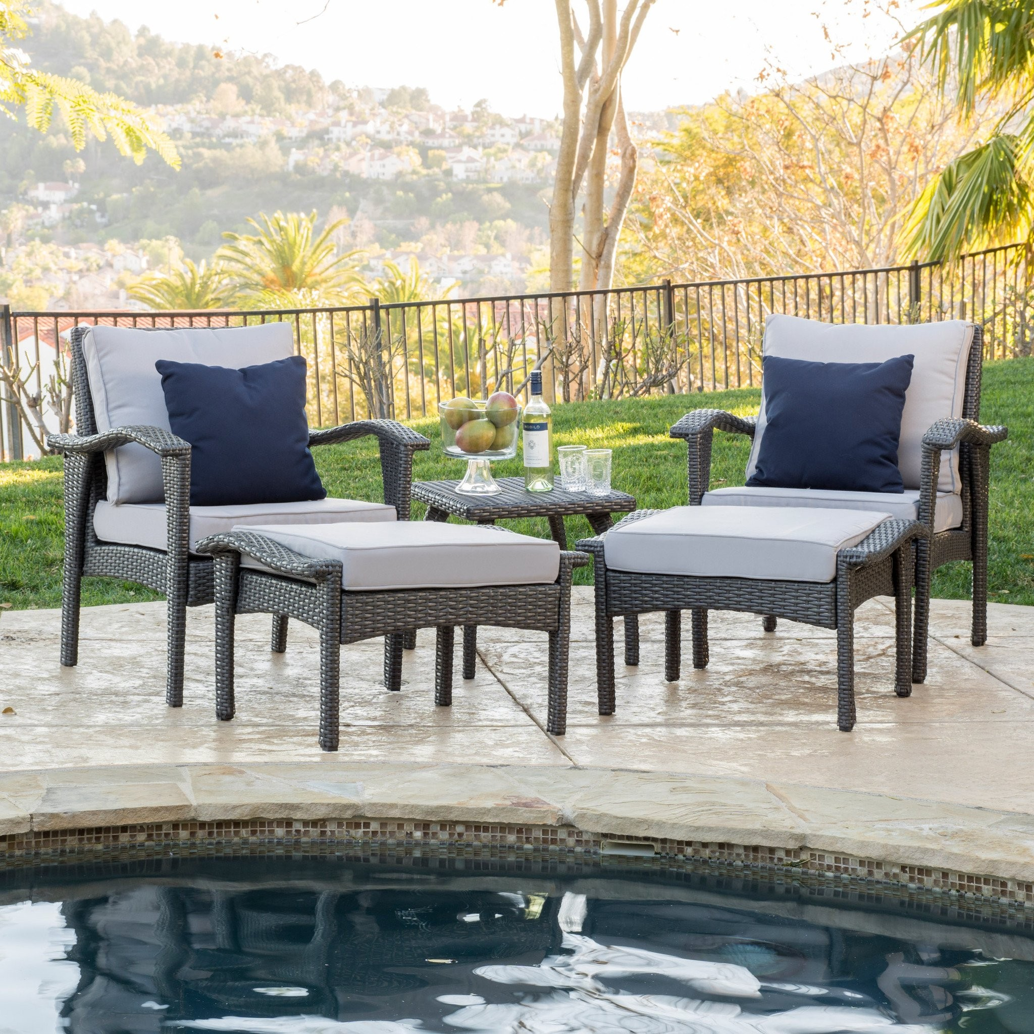 Maui Outdoor 5-piece Grey Wicker Seating Set with...