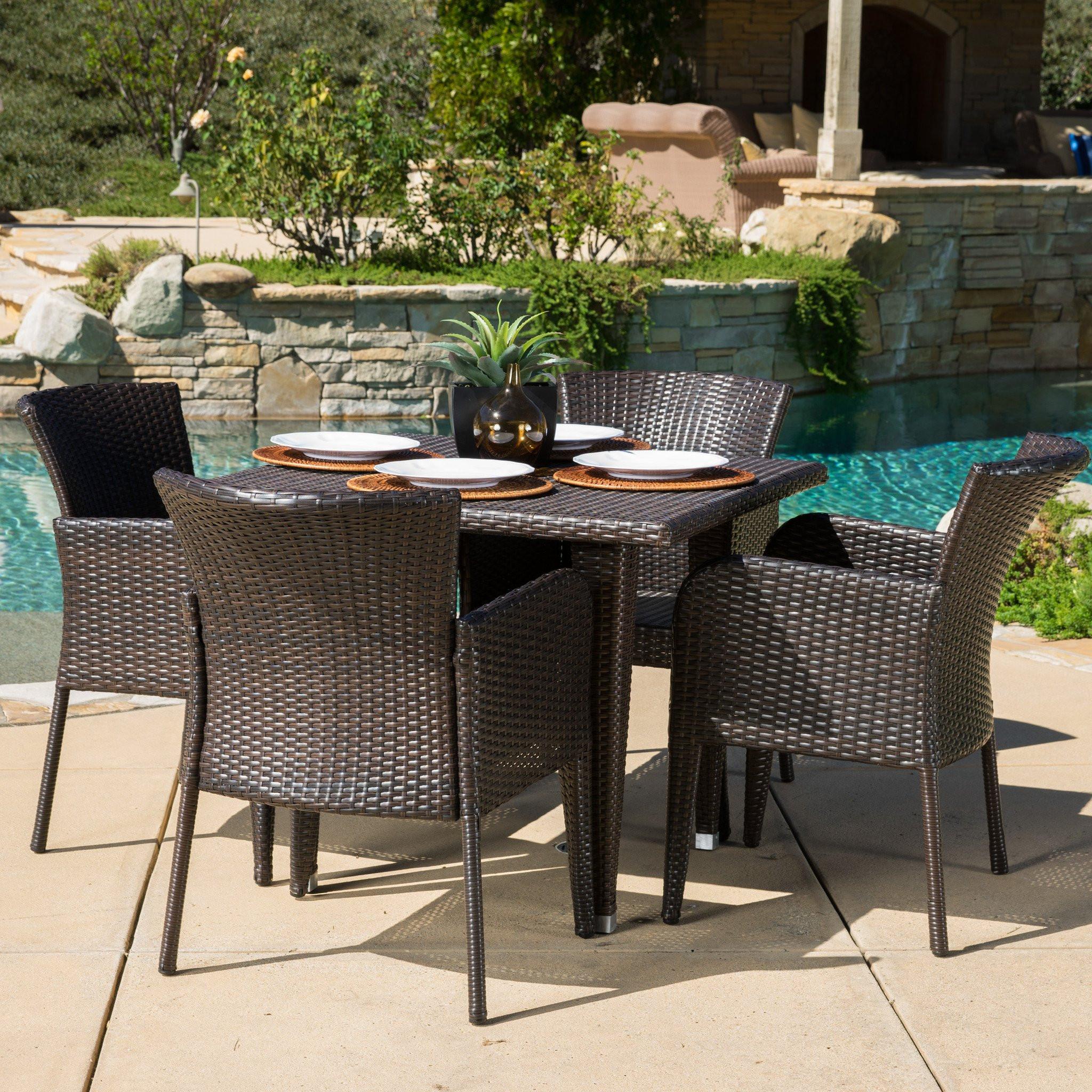 Maple Outdoor 5-piece Wicker Dining Set