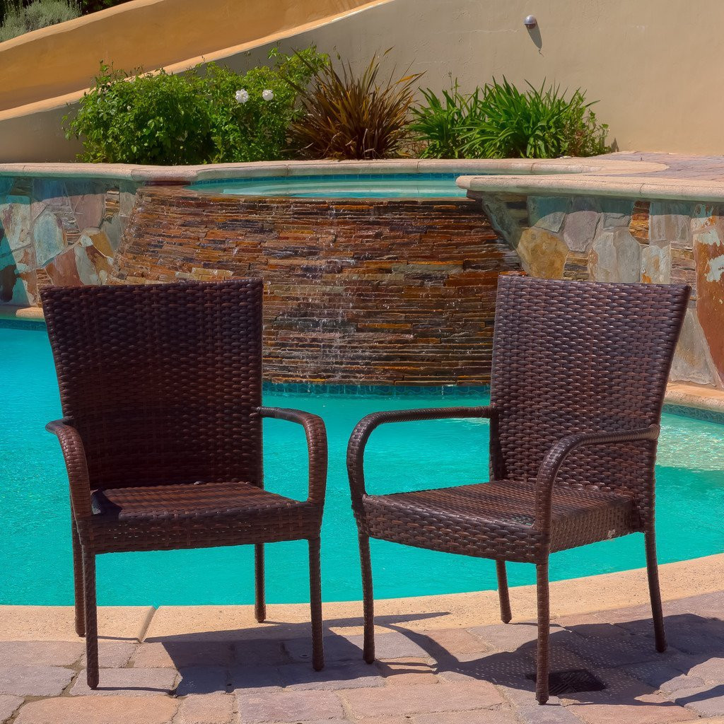 Ferndale Outdoor Brown Wicker Dining Chairs (Set o...