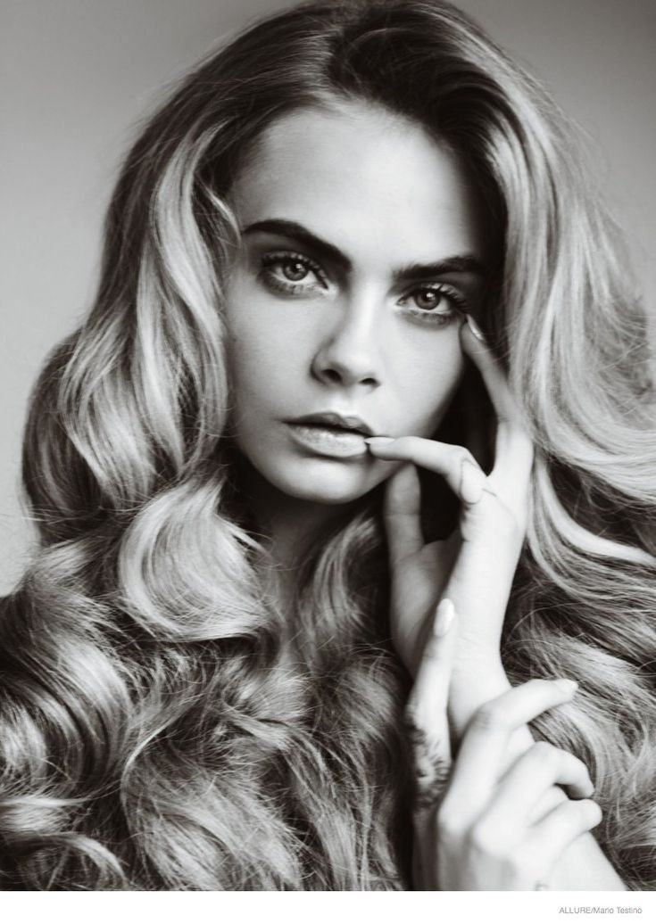Cara Delevingne Stuns for Mario Testino in Cover S...