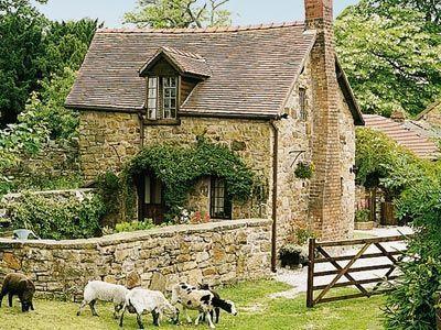 Beautiful! --Harvest Cottage  Pen-y-Cae, nr. Ruabo...