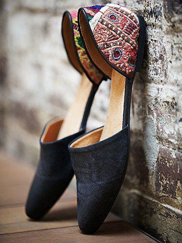 Flat Shoes - Comfortable Formal Footwear