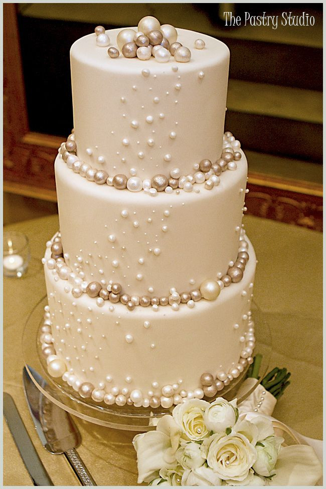 one of the most attractive cakes i have seen in a...