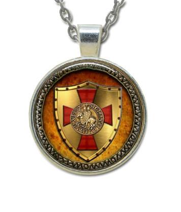 Masonic Glass Necklace Pendant Knights of Templar...
